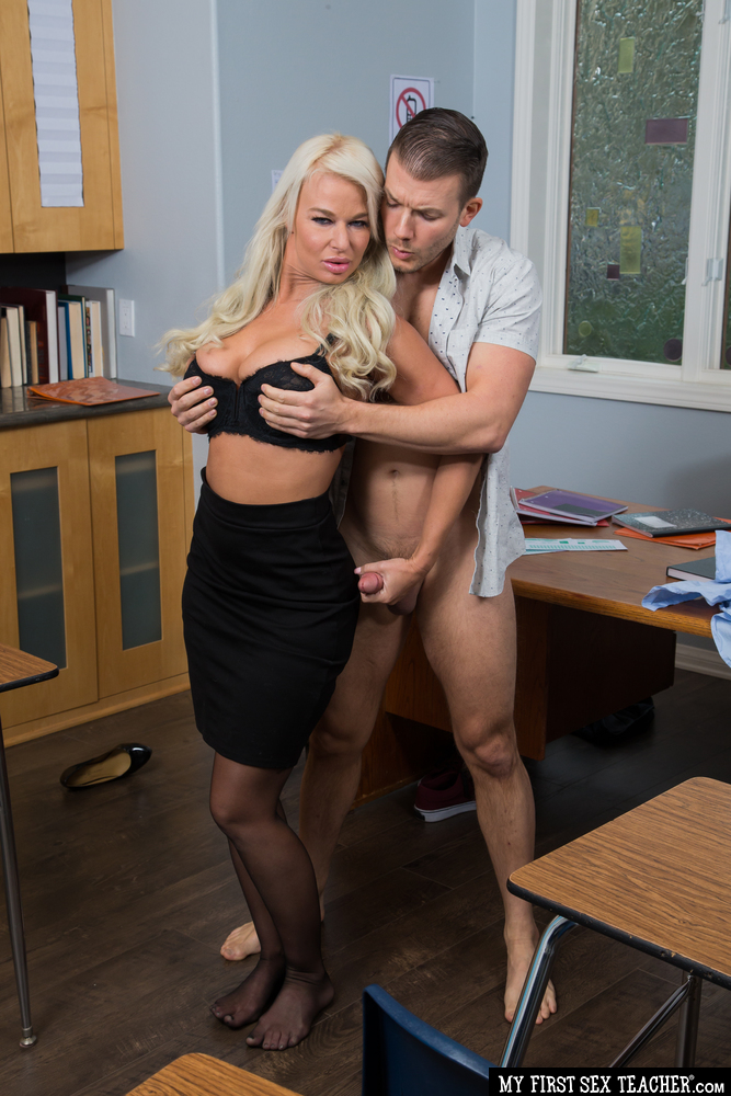 MyFirstSexTeacher.com/NaughtyAmerica.com - London River, Codey Steele - Hot MILF teacher, London River, hooks up with her student in the classroom for a passing grade (720p/HD) - Mar 17, 2021