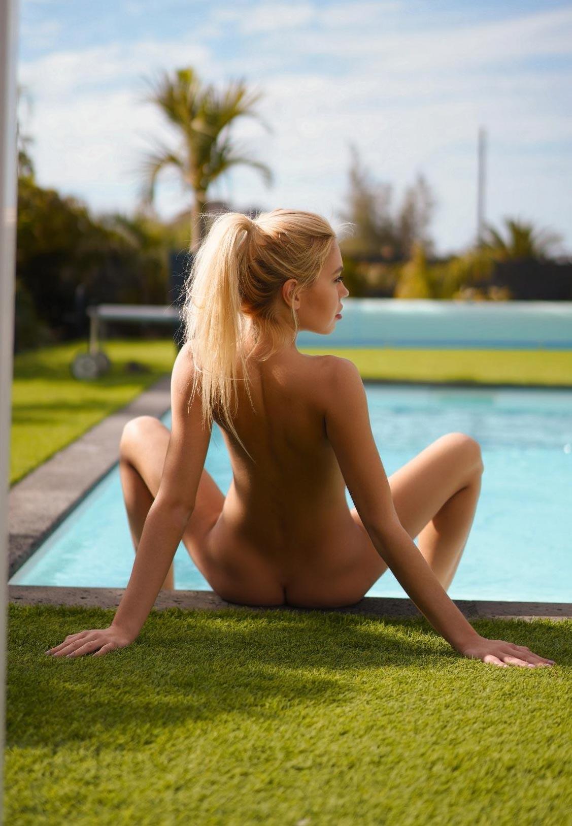 Девушка месяца Playboy Германия в апреле 2021 Маргарита Гаевска / фото 03