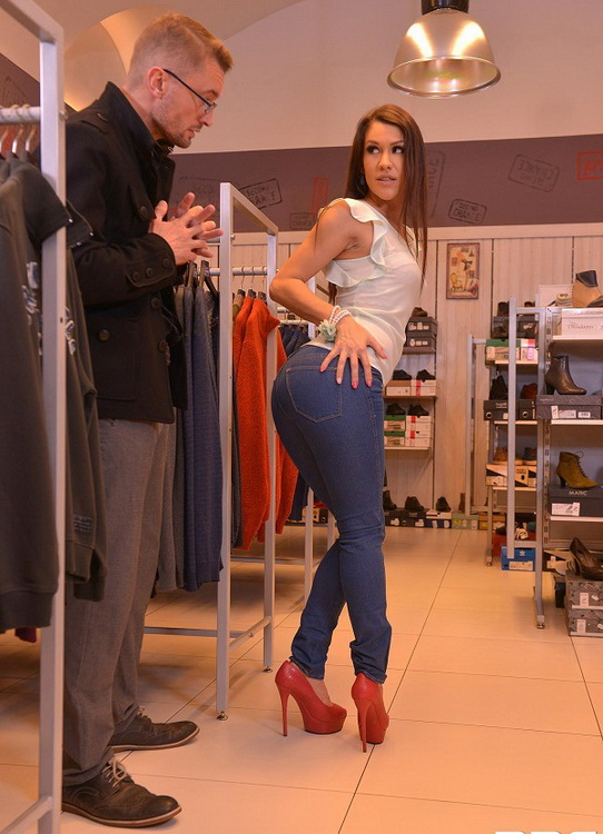 HandsOnHardcore/DDFNetwork - Samia Duarte - Blow Out Deal - Salesgirl Gets Her Ass And Pussy Stuffed In Store (1080p/FullHD)