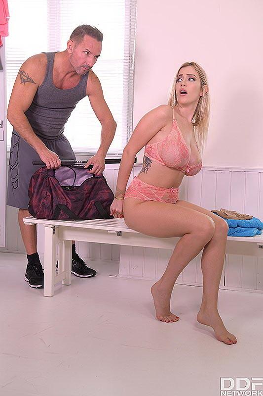 Marica Chanelle - Anal Sex In The Gym Locker Room (2021/ HouseOfTaboo/DDFNetwork/PornWorld/FullHD)