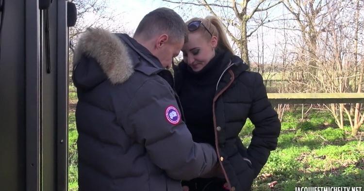 JacquieEtMichelTV/Indecentes-Voisines - Helena - 25ans, passionnee dequitation ! [FullHD 1080p]