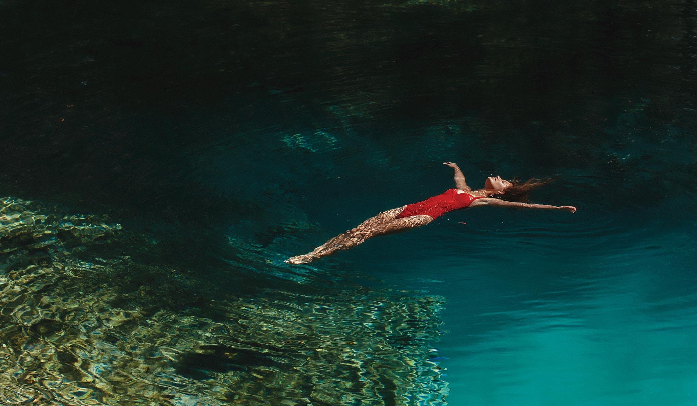 пуэрториканская -королева красоты- Кристал Ксамайри в журнале Maxim Мексика, май 2021 / фото 07