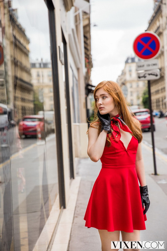 Jia Lissa - Passion For Fashion (2021 Vixen) [HD   720p  2.08 Gb]