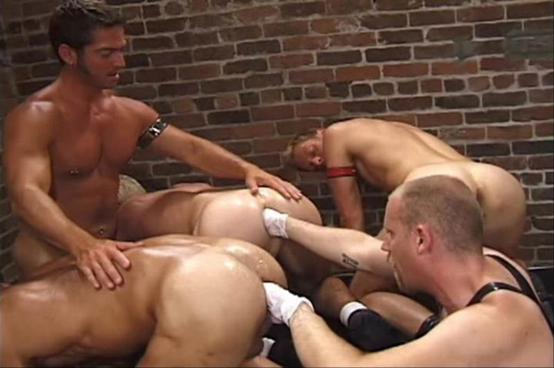 ClubInfernoDungeon.com: Aaron Tanner, Bryce Pierce, Buck Philips, Jeff Allen, Leif Gobo, Max Grand, Michael Soldier, Rik Jammer, Scott Samson, Sky Donovan - Up Your Alley 2, Scene #02 [SD 480p] (207.8 Mb)