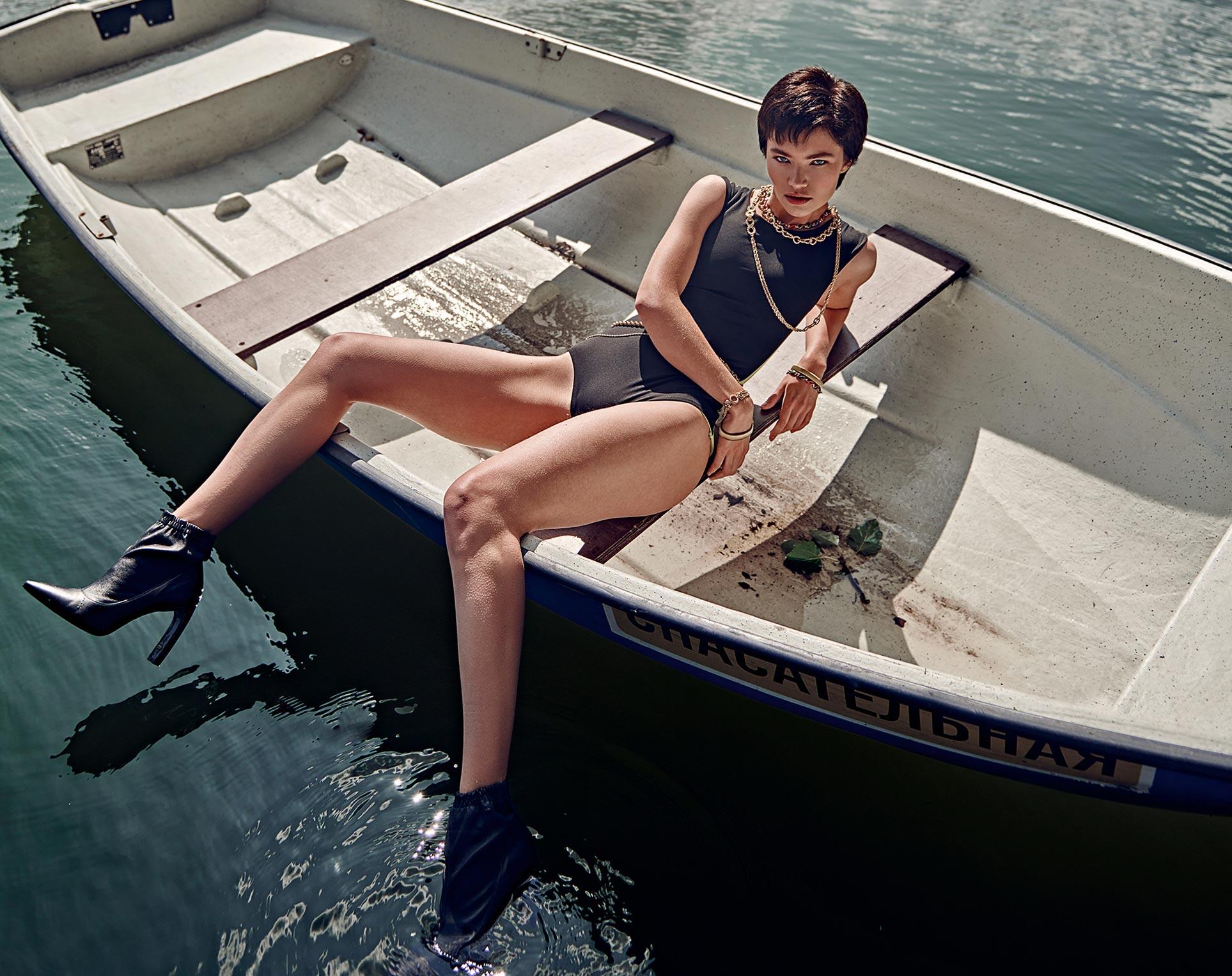Мария Дашкевич демонстрирует модные новинки сезона весна-лето / фото 01
