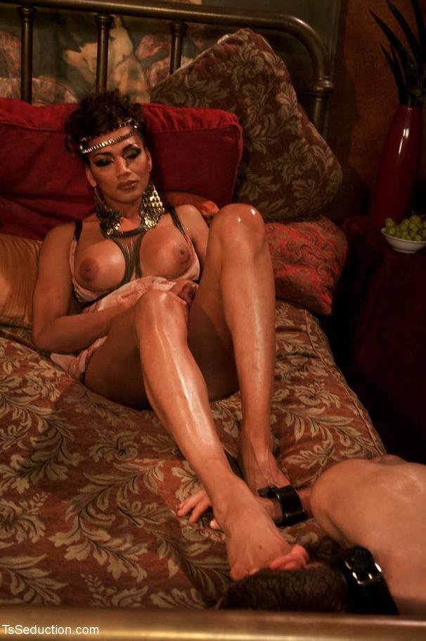 Yasmin Lee ~ Cleopatra ~ TSSeduction ~ HD 720p