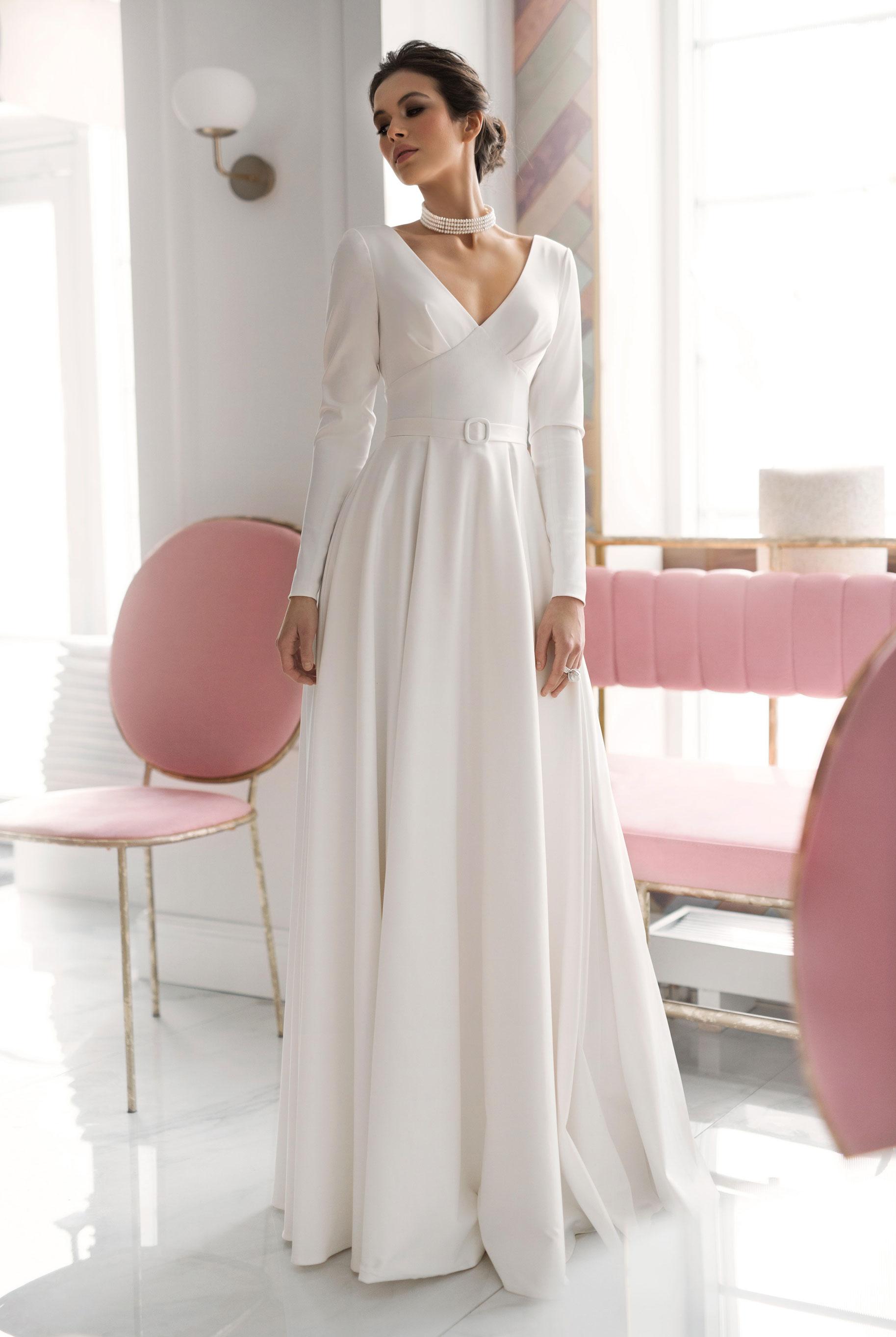 Ксения Саладуха в свадебных нарядах Ave Wedding, весна-лето 2019 / фото 05