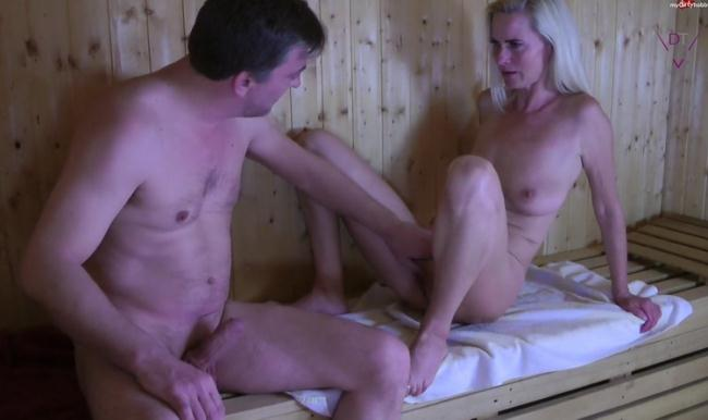 Fotzen sauna Beste Beschnittene