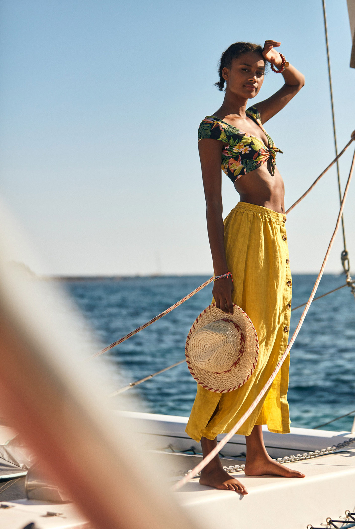Делми Виейра в купальниках модного бренда Banana Moon, лето 2021 / фото 04