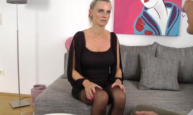 Dirty - Tina / nassetina6 - Skandal vor der Hochzeit – Brautigam entsaftet [MyDirtyHobby / FullHD 1080p]