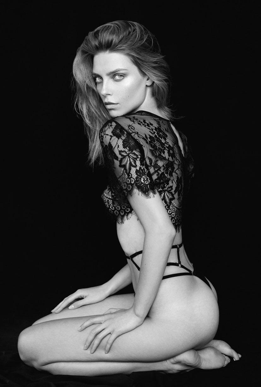 Агнешка Голебевска в журнале Keen Magazine / фото 05