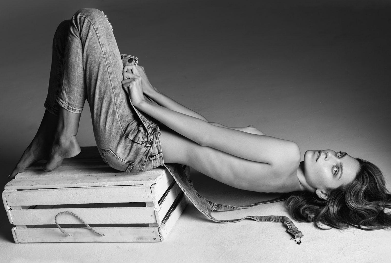 Агнешка Голебевска в журнале Keen Magazine / фото 06