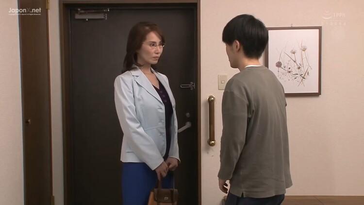 Yamaguchi Shuri - I Thought My Friends Mom Shuri Was Strict And Uptight [Madonna / HD 720p]