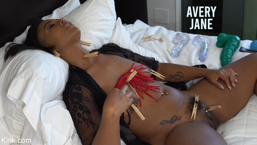 Jet Setting Jasmine, Avery Jane - Kinky Self Care: Avery Jane and Jet Setting Jasmine [480p/480p/1.19 GB] KinkyBites.com/Kink.com - November 27, 2020